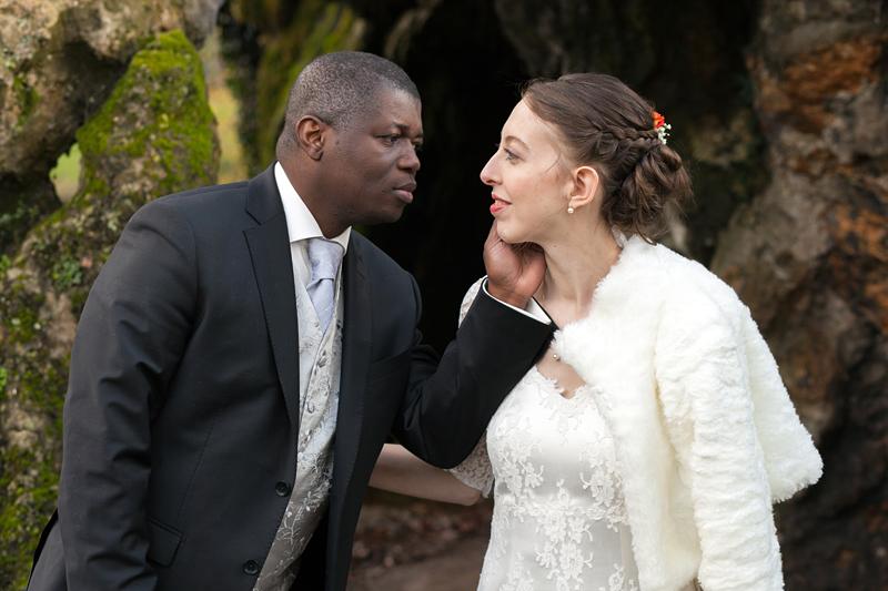 séance photo couple jeunes mariés au parc de Lille