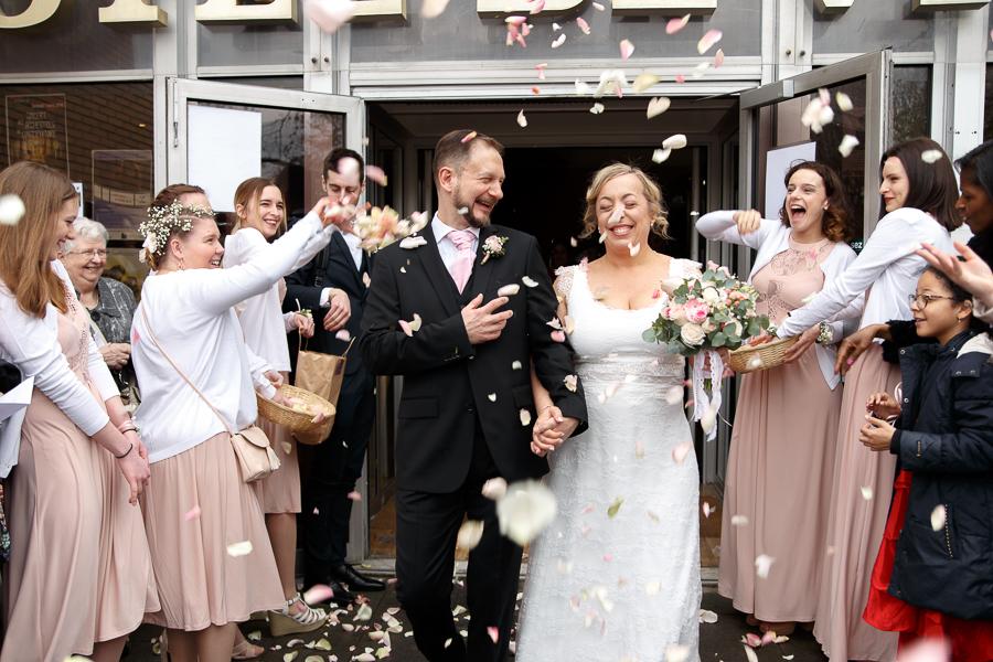 lancer fleurs sortie mairie wasquehal mariage