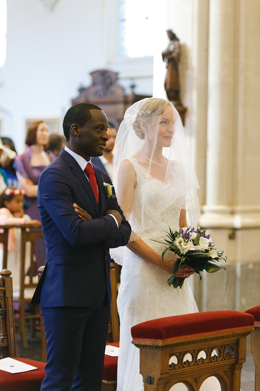 mariage-église-La-Madeleine-Lille-couple-mariés---reportage-photo-mariage-Wambrechies-Verlinghem-Nord-Hauts-de-France