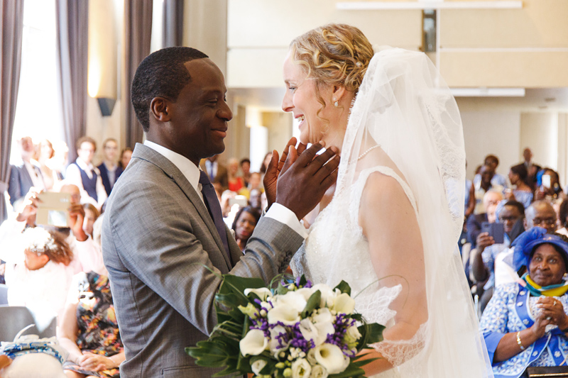 mariage-mairie-La-Madeleine-Lille-couple-heureux photographe-mariage-et-couples-Verlinghem-Wambrechies-Lille-Nord