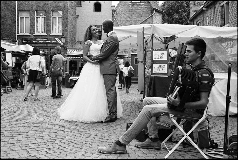 Accordez-moi cette danse After Day romantique en Belgique Bruges photographe mariage couple Nord Hauts de France Flandre
