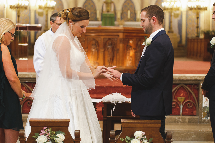 mariage cérémonie religieuse échange des alliances photographe mariage pro Nord Lille Wambrechies Bondues Quesnoy-sur-Deûle