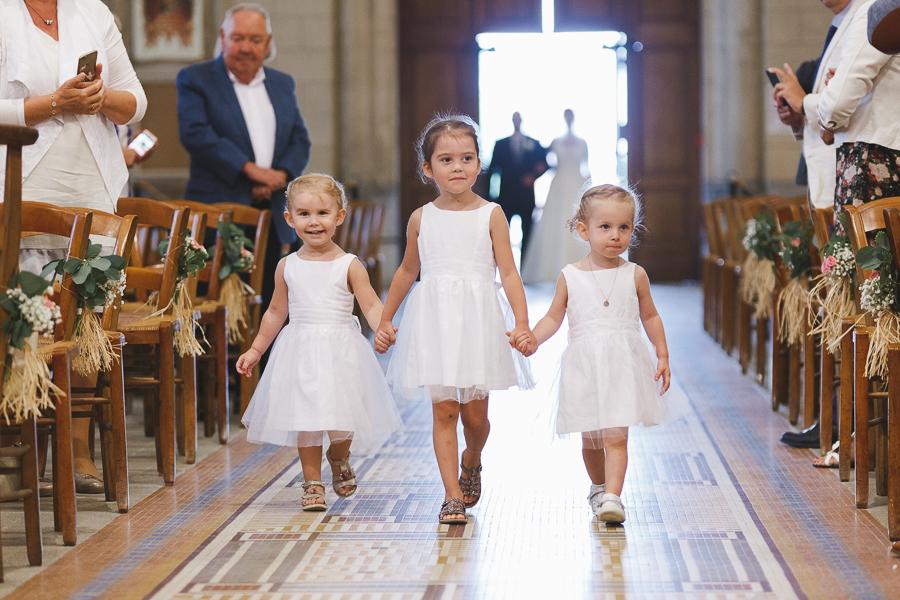 mariage entrée enfants d'honneur église photographe mariage Nord Lille Cambrai Arras