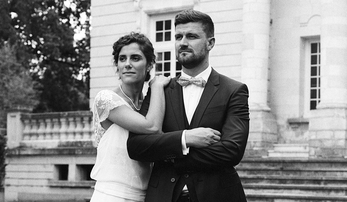Photographie de mariage en noir et blanc argentique