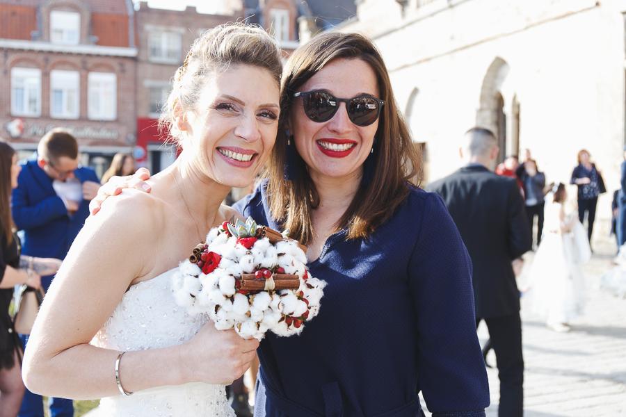 portrait invitée et mariée-journée ensoleillée dans le Nord Bailleul-photographe mariage Nord Lille Flandres