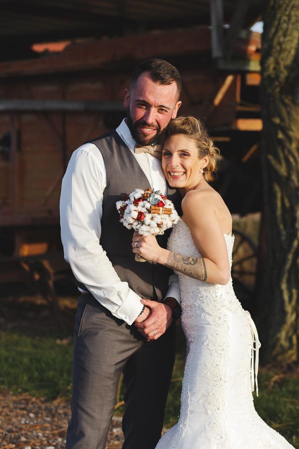 séance couple mariage à la campagne-photographe professionnel Lille Fred Laurent
