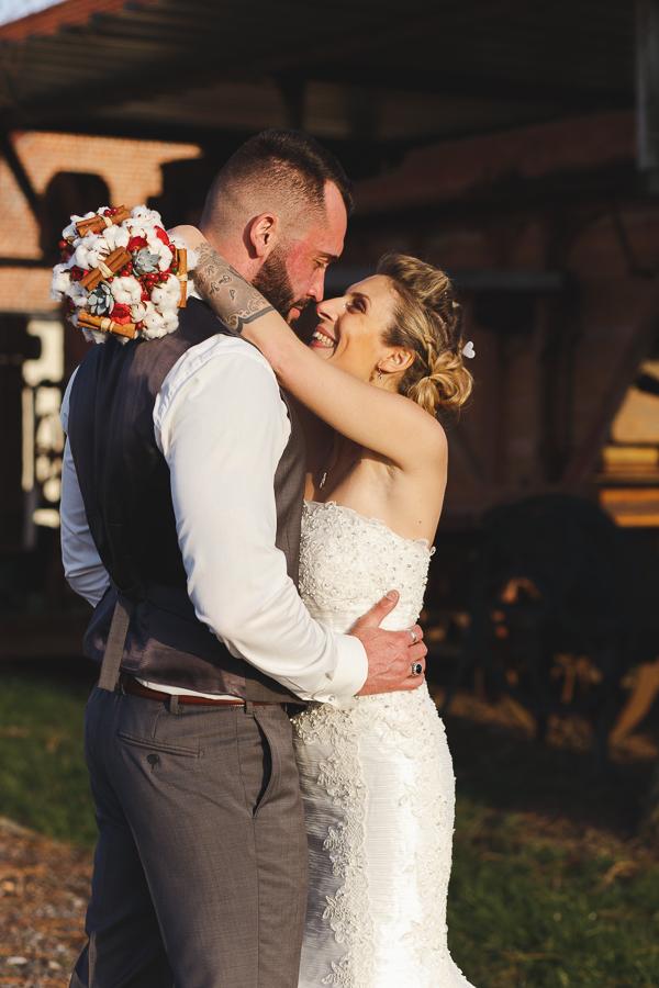 séance couple mariage à la campagne-photographe professionnel portrait Lille Fred Laurent