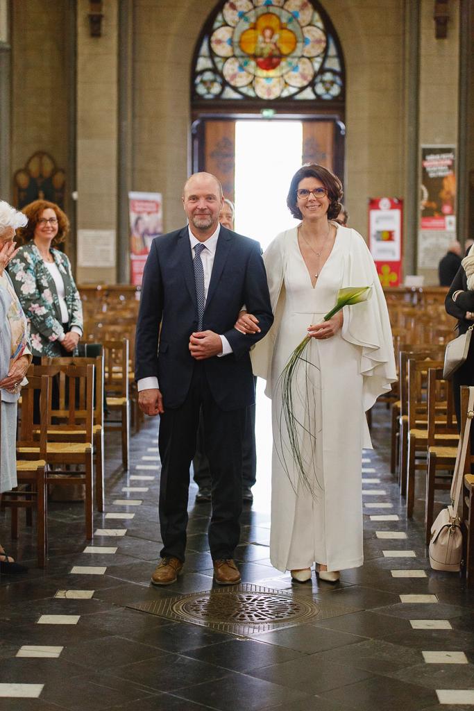 entrée du couple renouvellement des vœux église de Wambrechies Nord