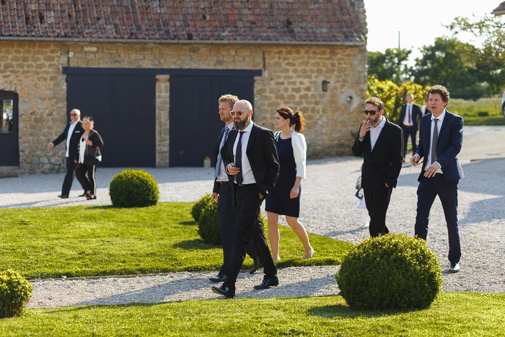 arrivée des convives vin d'honneur mariage bucolique La Magreville Bellebrune