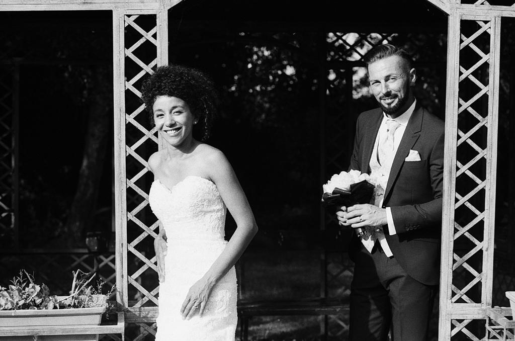 séance couple noir et blanc pavillon du domaine de Gosnay Hauts de France