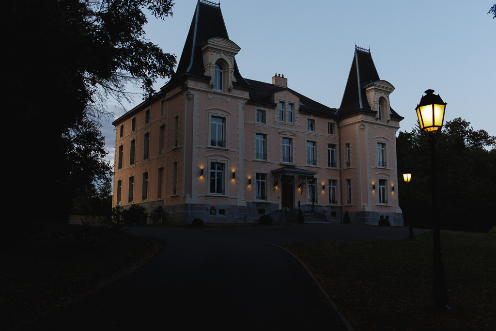 mariage au Château de la Marlière Fourmies Nord vu sur le château au soir