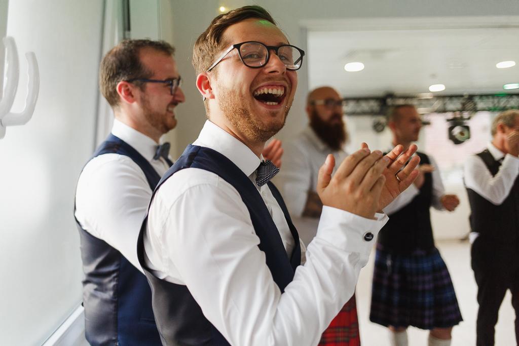 marié applaudit soirée mariage Hauts de France