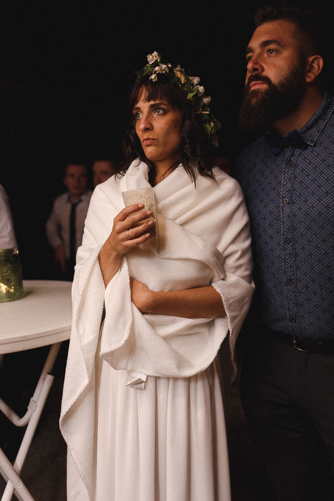 Photo de nuit de la mariée réception de mariage en extérieur