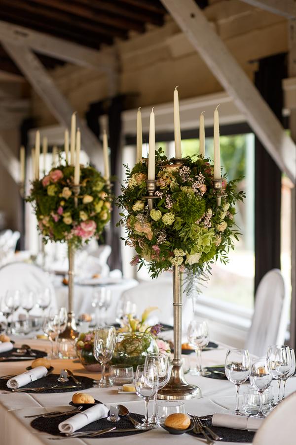 idée déco table chandeliers décoration florale sublime salle réception Molenhof Belgique proche Lille