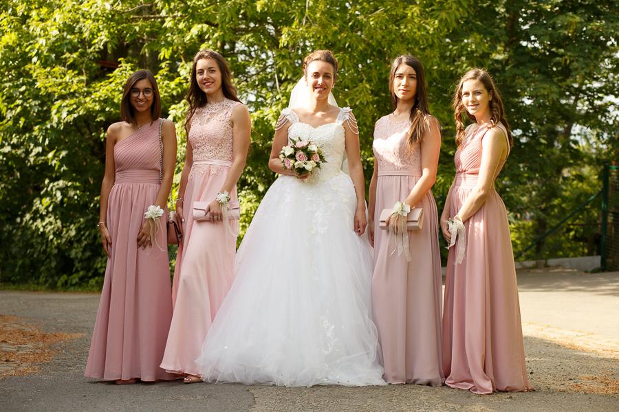mariée et demoiselles d'honneur robes roses reportage mariage Nord de la France et Flandre belge