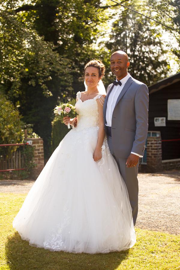 portrait couple mariés au télésiège Mont Noir photographe mariage Lille Nord Flandres