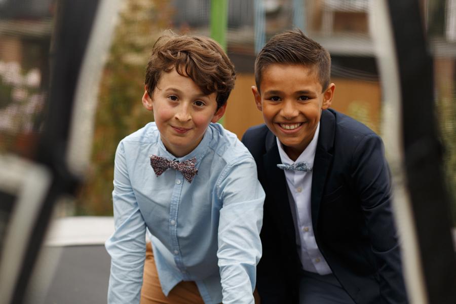 portrait deux garçons invités à mariage dans le Nord photographe Lille
