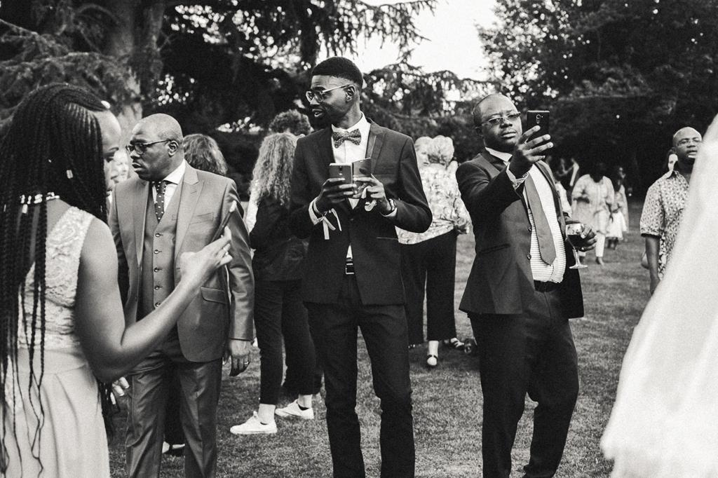 Photographies de réception de mariage en noir et blanc