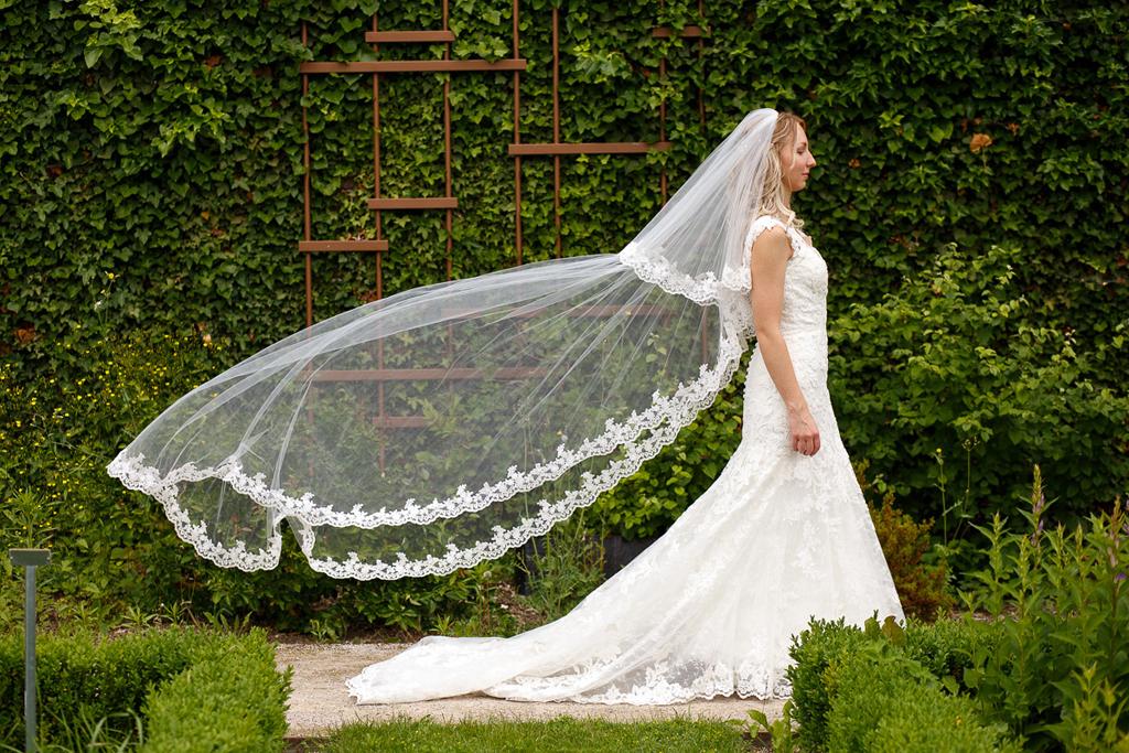 photographe mariage Wambrechies robe de mariée avec voile