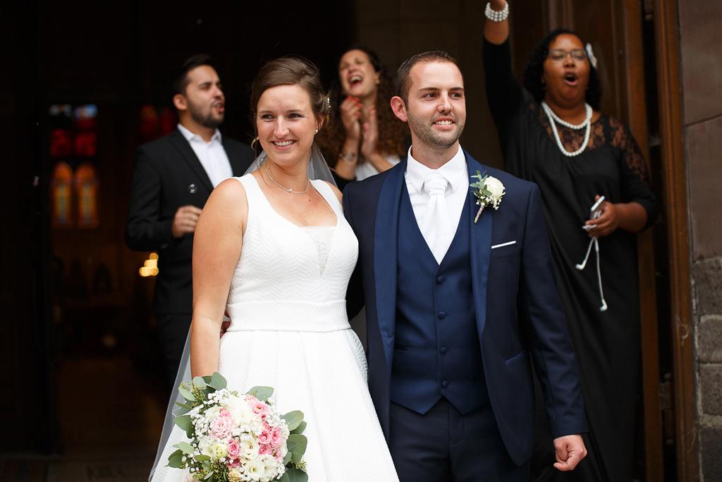 photographe de mariage Quesnoy sur Deule cérémonie religieuse sortie église Gospel