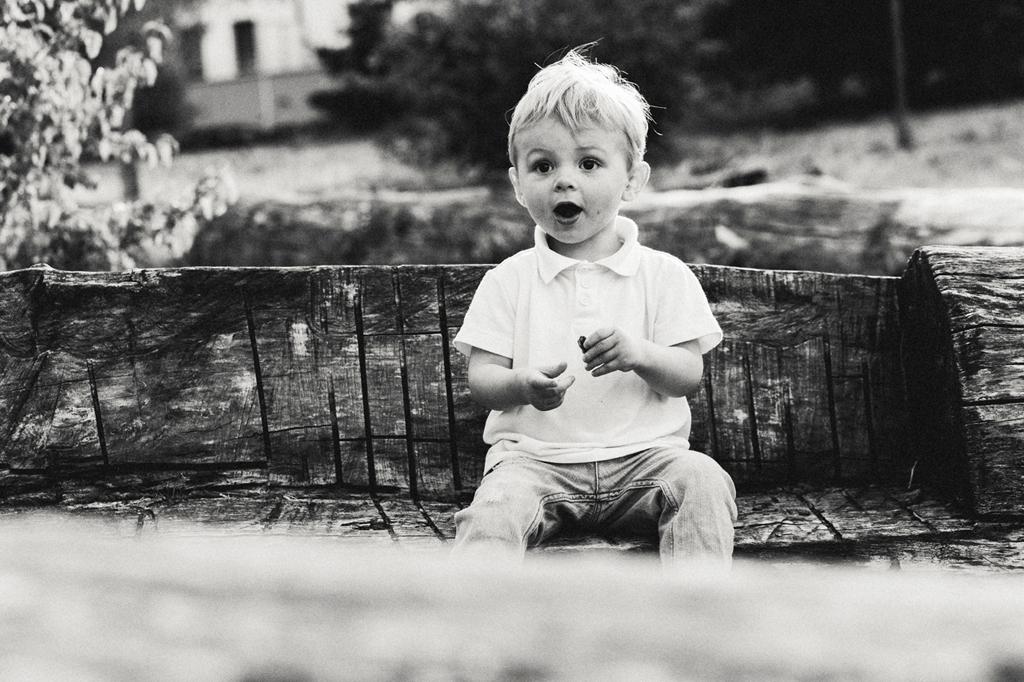 photos de famille en noir et blanc photographe enfant Wambrechies Quesnoy Comines