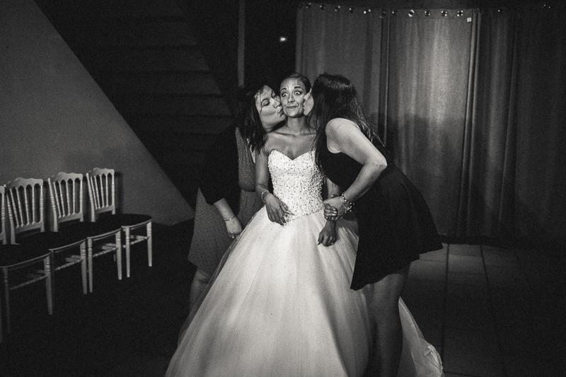 mariage photos en noir et blanc sur le vif